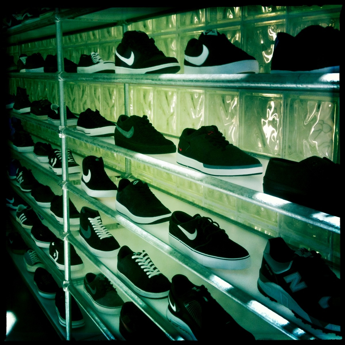 Blends Shoe Store Downtown